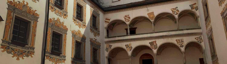 Schloss Ortenburg - Innenhof
